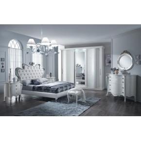 Camera da letto chanel