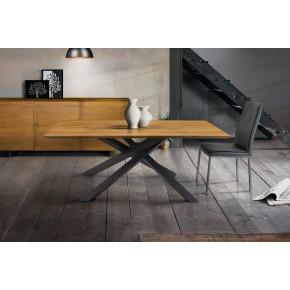 Tavolo in massello di rovere art. t620